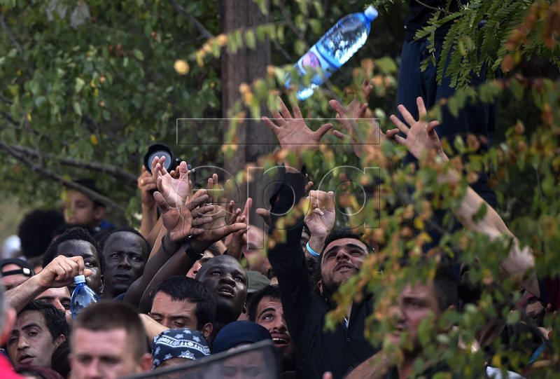 Macedonian Police Clash With Refugees At Blocked Border